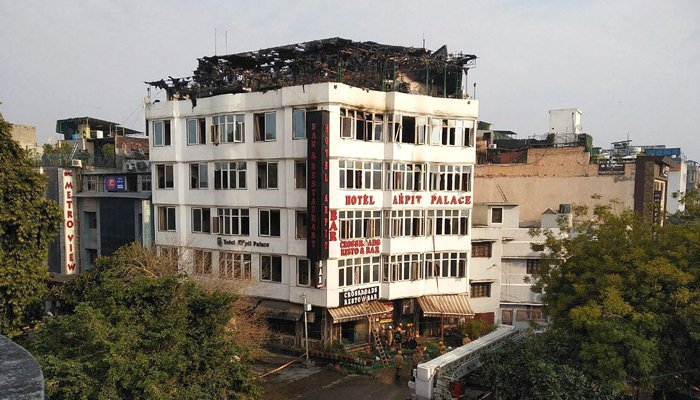 Hotel fire: Death toll hits high, to 17 in India