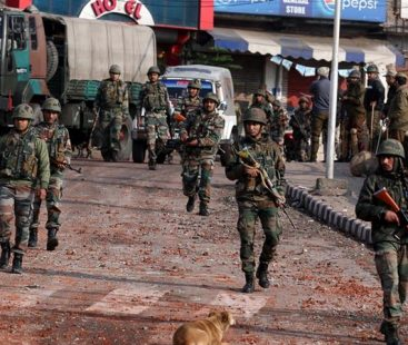 India withdraws security for Kashmiri separatists stoking fears