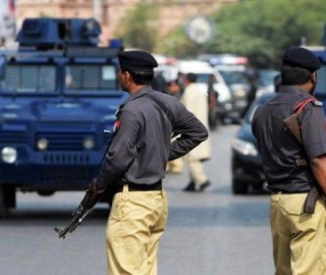 """AIG Sindh: """"Crime rates can only subside if police stop seeking bribes"""""""