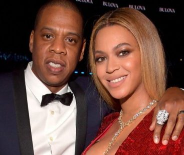 Beyonce and Jay bribe public, offer free lifetime concert tickets – But there's a catch!