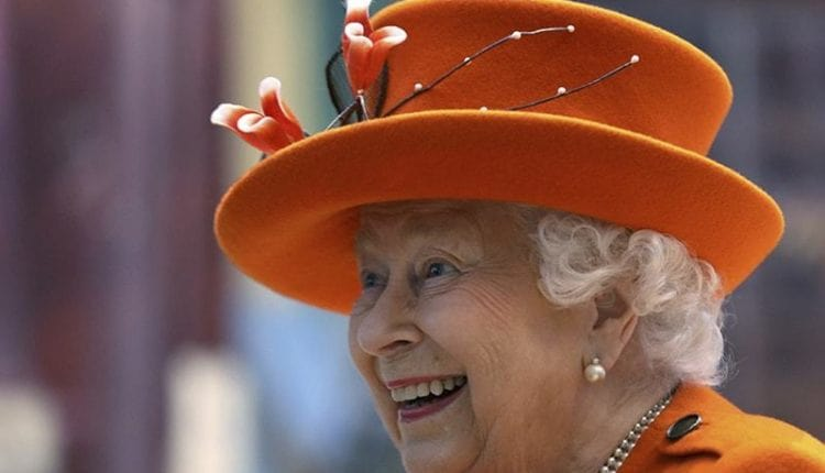 Queen Elizabeth II posts her first Instagram image
