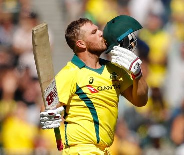 Aaron Finch's century leads Australia to a win against Pakistan in the 2nd ODI