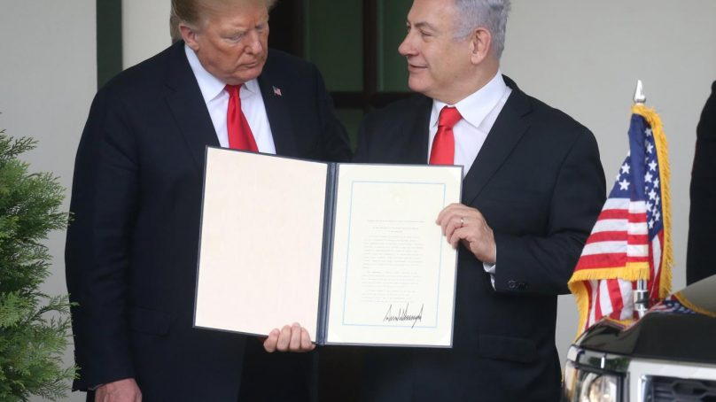 Golan Heights: Trump signs declaration recognizing Israel's sovereignty over the territories