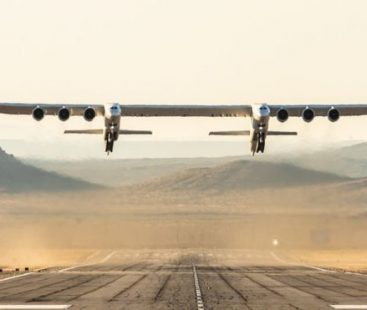 World's Largest Plane took its first flight: Stratolaunch