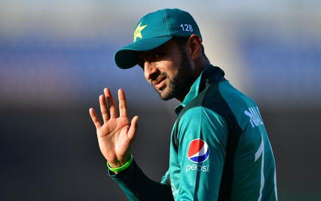 Shoaib Malik to return home due to 'domestic issue'