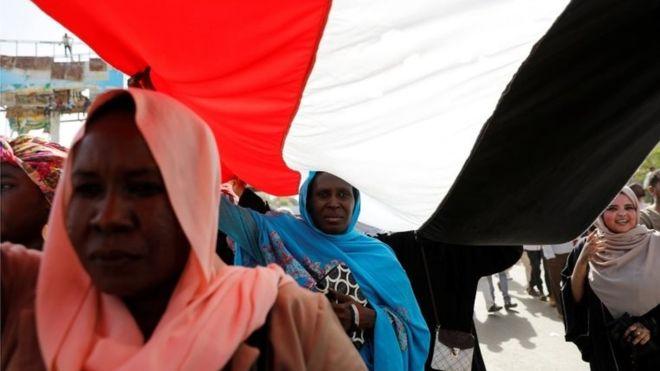 How Sudan is becoming the battlefield between Saudi Arabia and Turkey