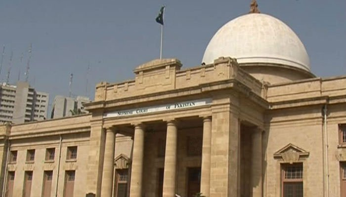 SC orders removal of encroachments on Railways land in 15 days
