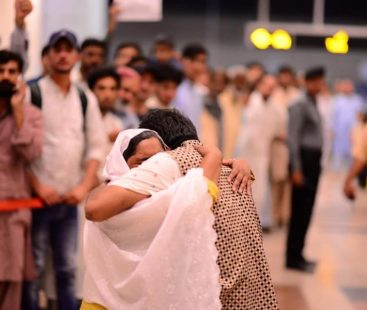 322 Pakistanis brought back by PIA from Malaysia