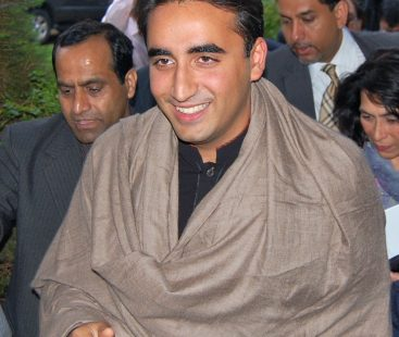 If professional beggars are to be arrested, start with PM-select: Bilawal Bhutto