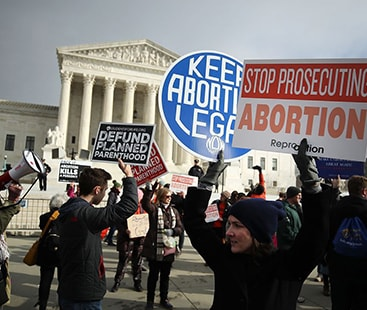 Alabama lawmakers pass bill to ban abortion
