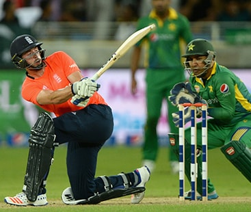England beat Pakistan by seven wickets