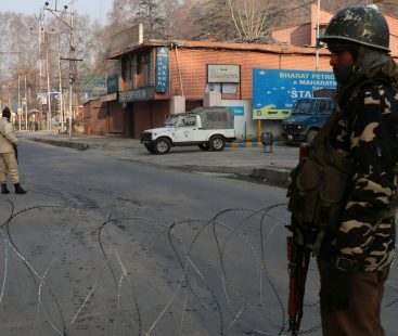 Indian atrocities lead to complete shutdown in Kashmir