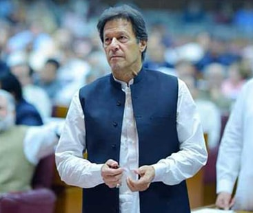 PM Imran warns against crossing LOC
