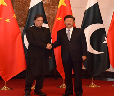 PM Imran wants to follow China, wishes he had power to lock up 500 powerful Pakistanis for corruption