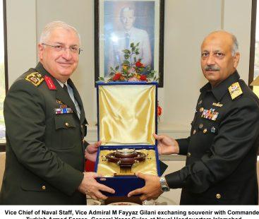 Commander Turkish Armed Forces Visits Naval Headquarters