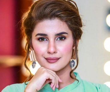 """I am not leaving the industry"", clarifies Kubra Khan"