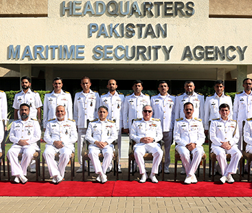 Chief of the Naval Staff visits headquarters Maritime Security Agency and Naval Dockyard at Karachi