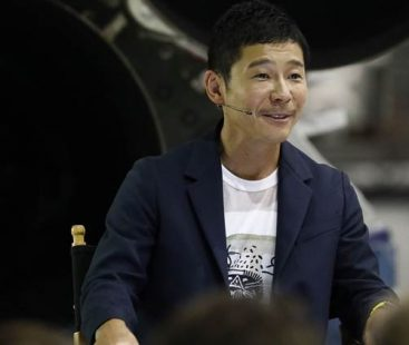 20,000 women apply to become Japanese billionaire's  girlfriend