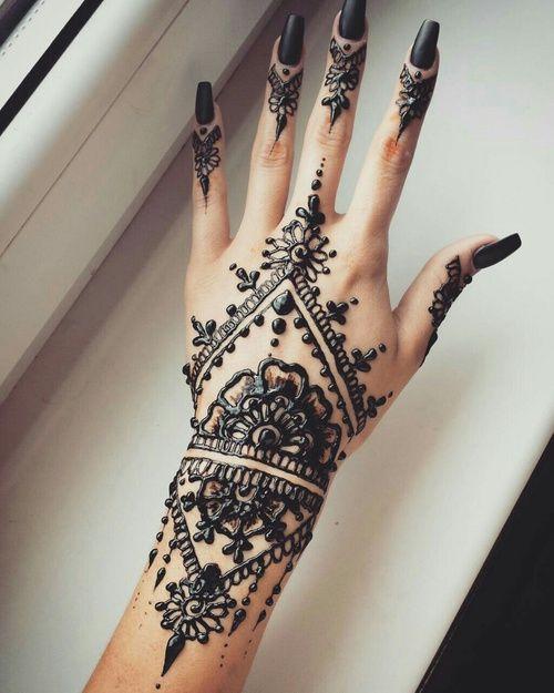 Black-Mehndi-Designs