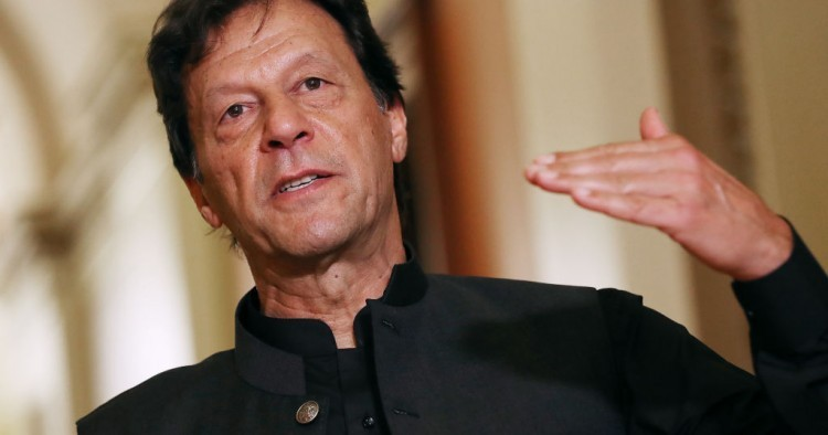 Pakistan will stand shoulder-to-shoulder with its Kashmiri brethren: PM Imran Khan
