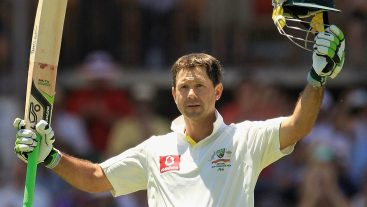 Ricky Pointing suggests run penalties for 'cheating' batsmen