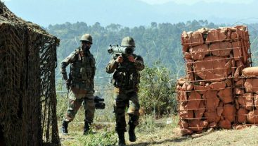 Pakistan calls Indian diplomat on violations of ceasefire