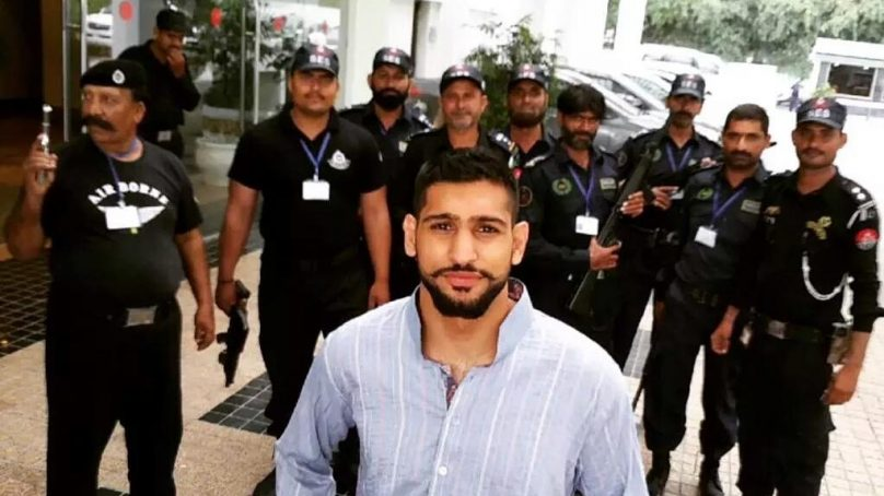 British Pakistani boxer Amir Khan refuses to join politics