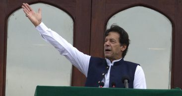 PM Imran vows to get tougher to opposition in graft cases
