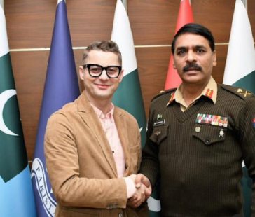 Akcent congratulates Asif Ghafoor for his elevation to the rank of Lt-Gen
