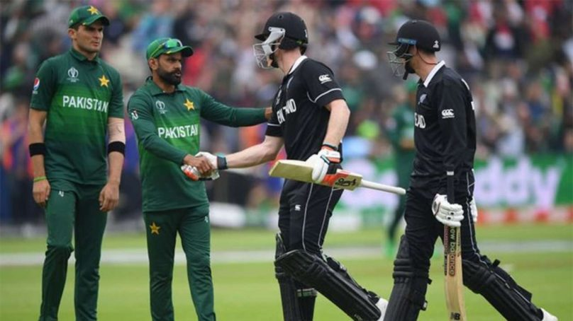 Pakistan 30/1 at stumps after bowling New Zealand out for 431