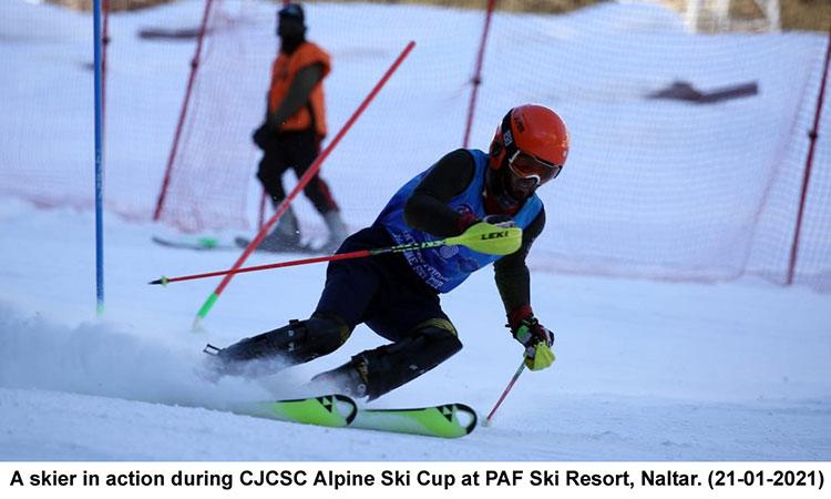 Gilgit Baltistan scouts lifts CJCSC Alpine Ski Cup at Naltar