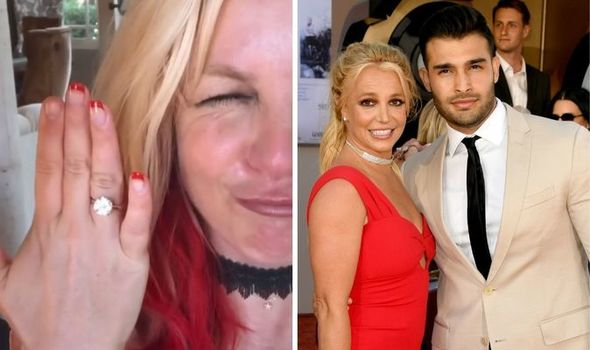 Britney Spears engagement ring is graceful but somewhat daring worth 50 000 1490695